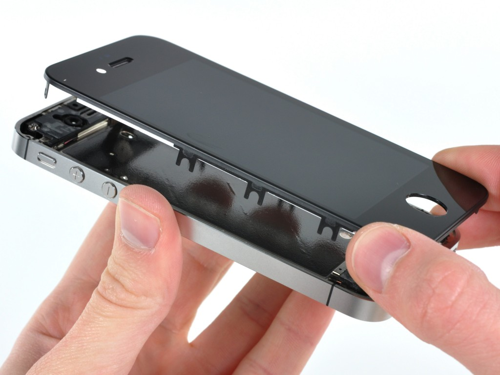 iphone popravka maticne ploce
